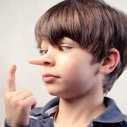 Защо децата лъжат и какво да правим, когато това се случи
